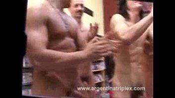 mansturba se chico argentino Chibola peruana con viejoase anal5