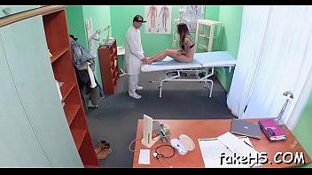 tricked gets doctor brunette Hot mature blonde fucks workman