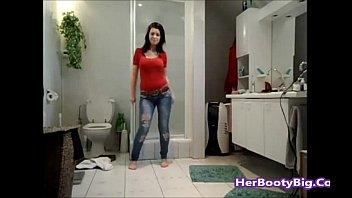 big arab booty hijab shake girls it Couples hidden camera sex in hotel ara2