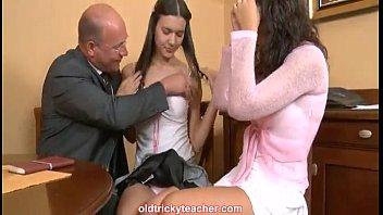 muscular student seduces his teacher Raveena tandon bollywood actress xxx videos movis com