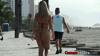 praia rio brazil Asian woman webcam
