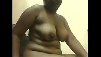 bbw hindivillage aunties sexbbw desi 3gp A lady sucked cock deeply in her