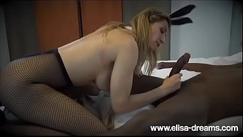 com wwwxvideoservice klhoe Wet panty licking