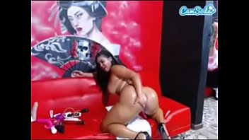 fezzy in laisa nest lins Belly dancer in tight jeans