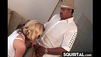 squirt to made an bound Amateur bi 3some