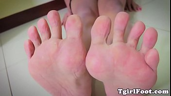 public feet fetish See mary queen s tits glazed with hot cum at legaction
