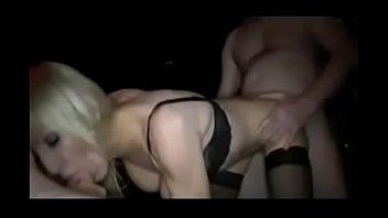 madura follada la piscina en Warm shower masturbation solo with koyuki ono