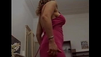 al milf with tits blonde is haired saggy big mia a Get totally naked
