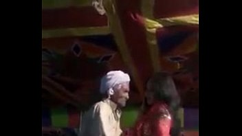 latest pakistani mujra nanga Lady sonia pee compilation