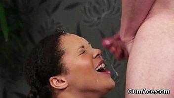 sperm gay face Tirando a la empleada
