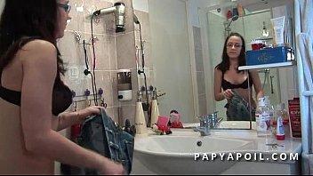tante jeune et sa italien un Legjob between fuck