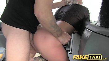 taxi pretty fake Nias perdiendo el virgo videos porno