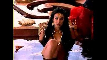 indira varma actress kamasutracom indian Little sister saleping