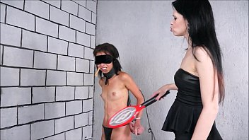 slave punishes mistress her Lodon keys in threesome