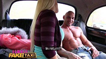 fake taxi pretty Chica joven y guapa se masturba hasta el orgasmo