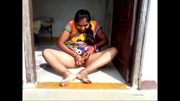 bbw desi 3gp sexbbw aunties hindivillage Touch my dich bus