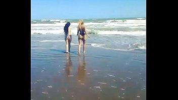 de adolescentes secundaria nudista playa la en Vesinos cojiendo y llo los filmo de mi ventana videos caseros
