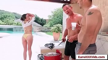videoe beach parties crazy Versaute riesentitten magma 1990 s hardcore threesome
