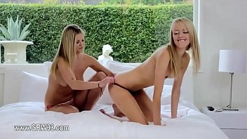 women rows lesbian of asslicking with Arab fack hard