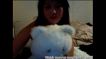asian webcam videos Girl giving sex signal bus