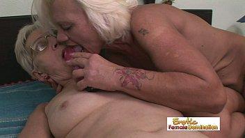 old spread 70 granny yr Doctor takes advantage of big boo