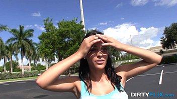 xvideo khmer com teen Garrafa de bebida na xoxota