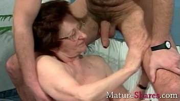 real uk old women Clip sex nu sinh lop thpt phng sn luc nam bac giang5
