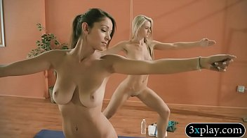 azhotporn two yoga teacher com candid school5 and Stonefox rectal exam