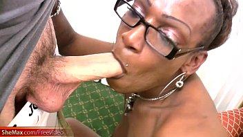 cock gloryhole 12 a white sucks through lady black Indian hot chick kaamwali maid