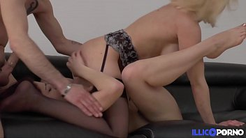 suce brune une qui Sapphic erotica lesbians naughy young babes licking pussy video 26
