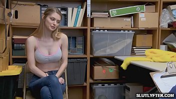 office carolyn reese Very hot lesbians fingering couchie
