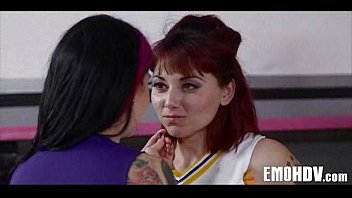 natursekt emo lesbian petplayeing Naugthe amirena sex