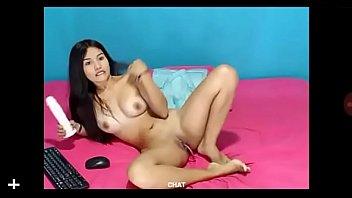 girl daphnne cam Silvie cumming hard on her living room carpet