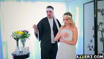 fuck massage blonde Ebony wife swap real4