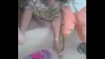 boyfriend indian bhabi sexy with romance Full vedio se daugther and dad with mom