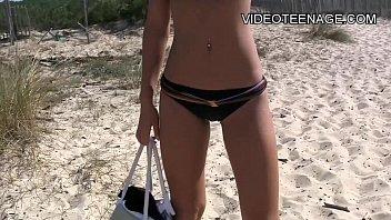 dressingroom teens beach Ratchet hoe rubs out a creamy orgasm