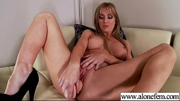 hornbunnycom dowonloding 3gp dick son039s wants her old crazy Russian brother and sister at home