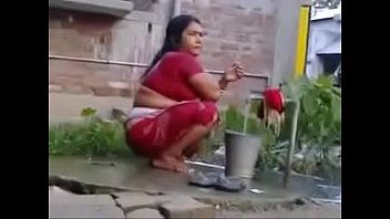 saree mature wife in Indean lady changning videos