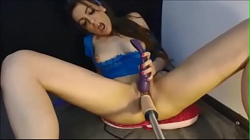 women machine fat dildo on Black dick destrying white pussy
