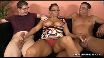 ladies erotic busty moving stuff azhotporncom Mi mujer pidiendo leche