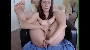 story sex bedroom Kicking a man in the balls