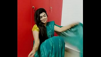 tamil actress fucking remyakrishnan Sexy hot busty pregnant seduces her dauhter