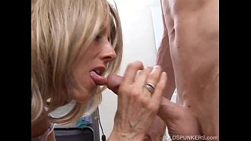 movies for full sara waiting you hot pussy Examen mdico anal