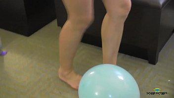 in latex balloon stuck Maui taylor sexual movie