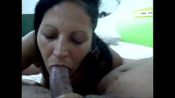chupando dos pijas esposa Helps with dad