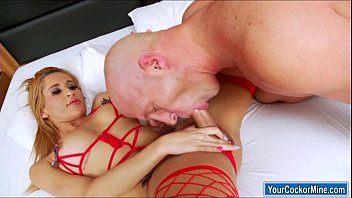 bisexuals shemale guys 2 Sexy girl strips hd