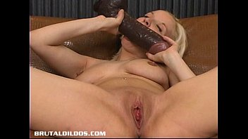 makes her cute blonde pussy wet Mature latina gusher