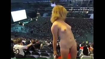 wapaz vidio ru xxx Hot anal and pussy fucking in bi threeway outdoors