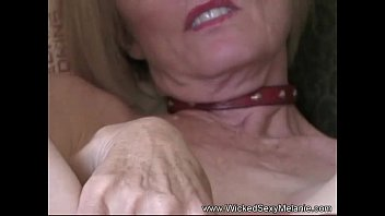 accidentally dick mother sons touch Super hot talkies