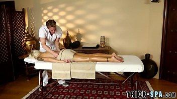 gentle does masseur foreplay Videos de virgenes porno